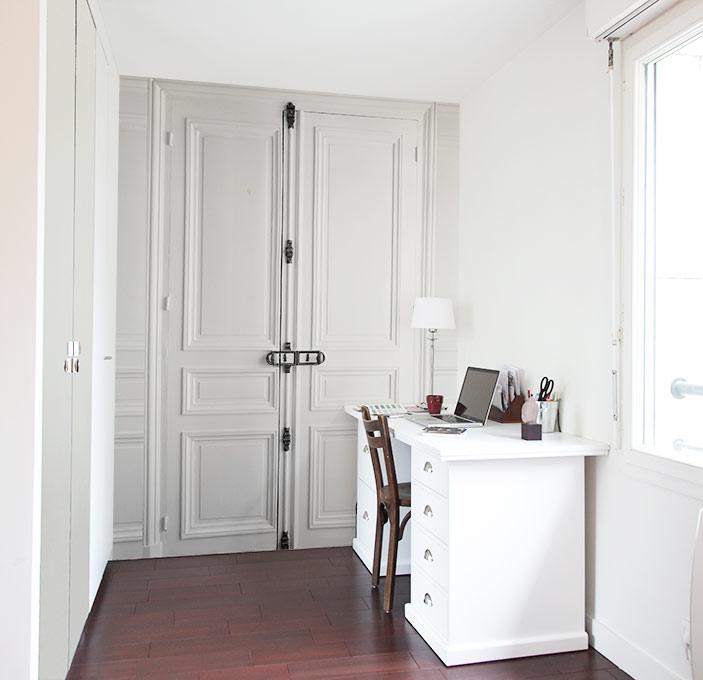 papier peint original d coration murale en dition limit e papier peint trompe l 39 oeil porte. Black Bedroom Furniture Sets. Home Design Ideas