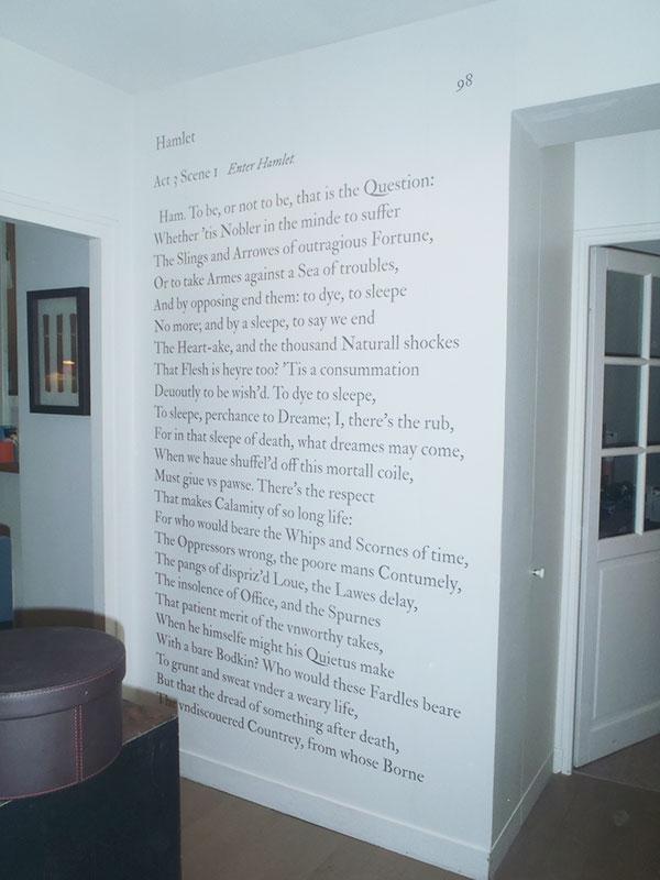 papier peint original d cor mural en dition limit e papier peint panoramique shakespeare to. Black Bedroom Furniture Sets. Home Design Ideas
