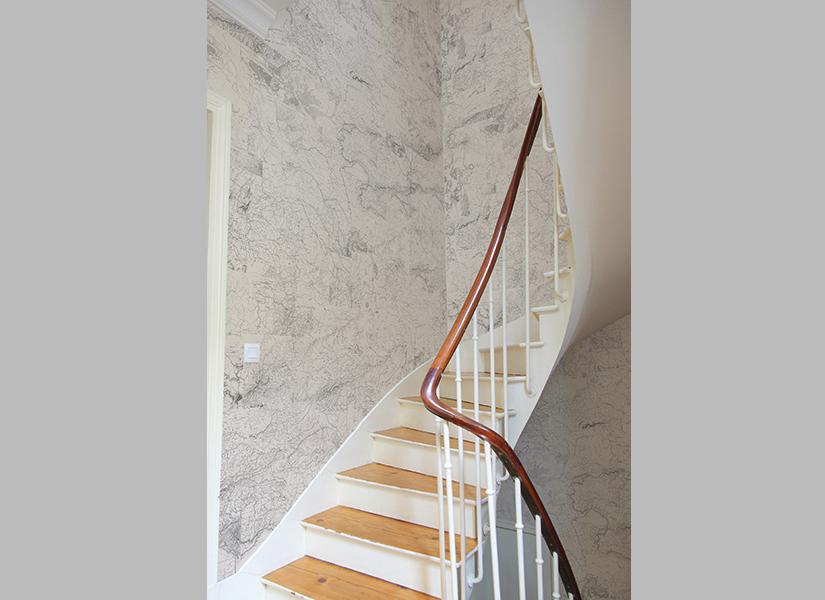 Papier peint original d coration murale en dition for Papier peint entree escalier