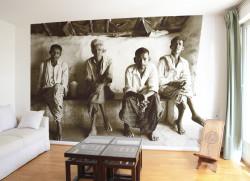 Papier peint Hommes au Chai shop